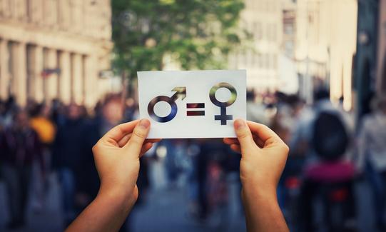 Brecha de género en viajes de negocios